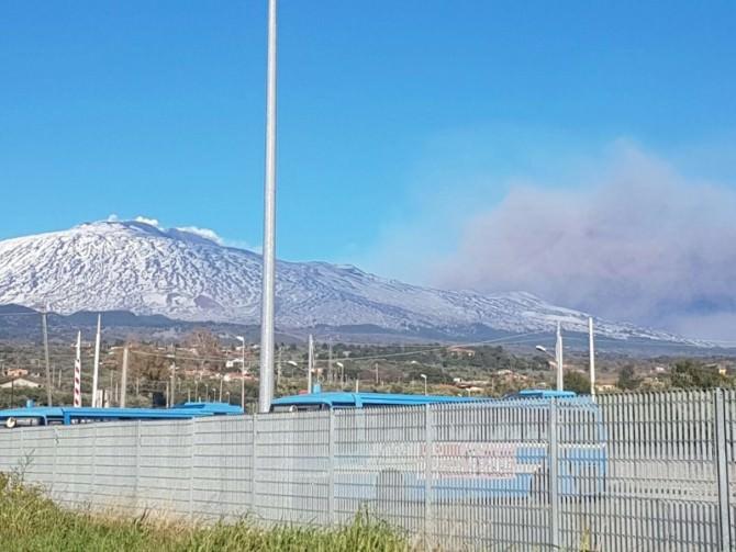 L'Etna non sembra volersi placare: ecco le FOTO