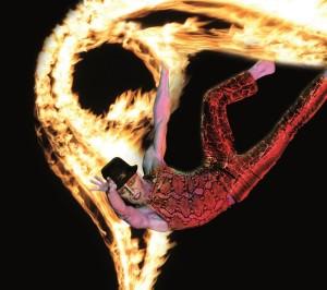 """""""Femminine Flame"""" Teatro del Fuoco"""