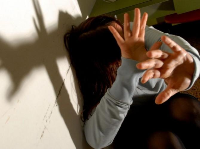 maltrattamento violenza abuso