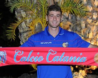 Il difensore argentino del Catania, Gaston Sauro