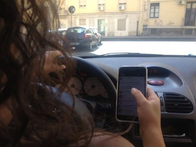 Smartphone e volante