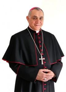 Il vescovo Salvatore Muratore