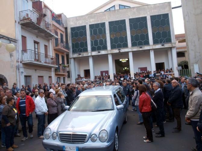 funerali Carlentini 25-10-14
