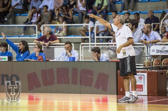 Il coach della Pallacanestro Trapani Lino Lardo