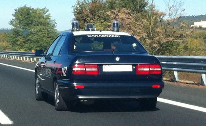 auto carabinieri lancia