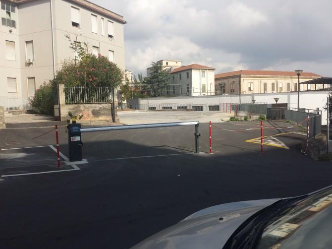 parcheggio garibaldi ct 291114