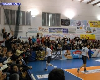 tifosi volley brolo 2014