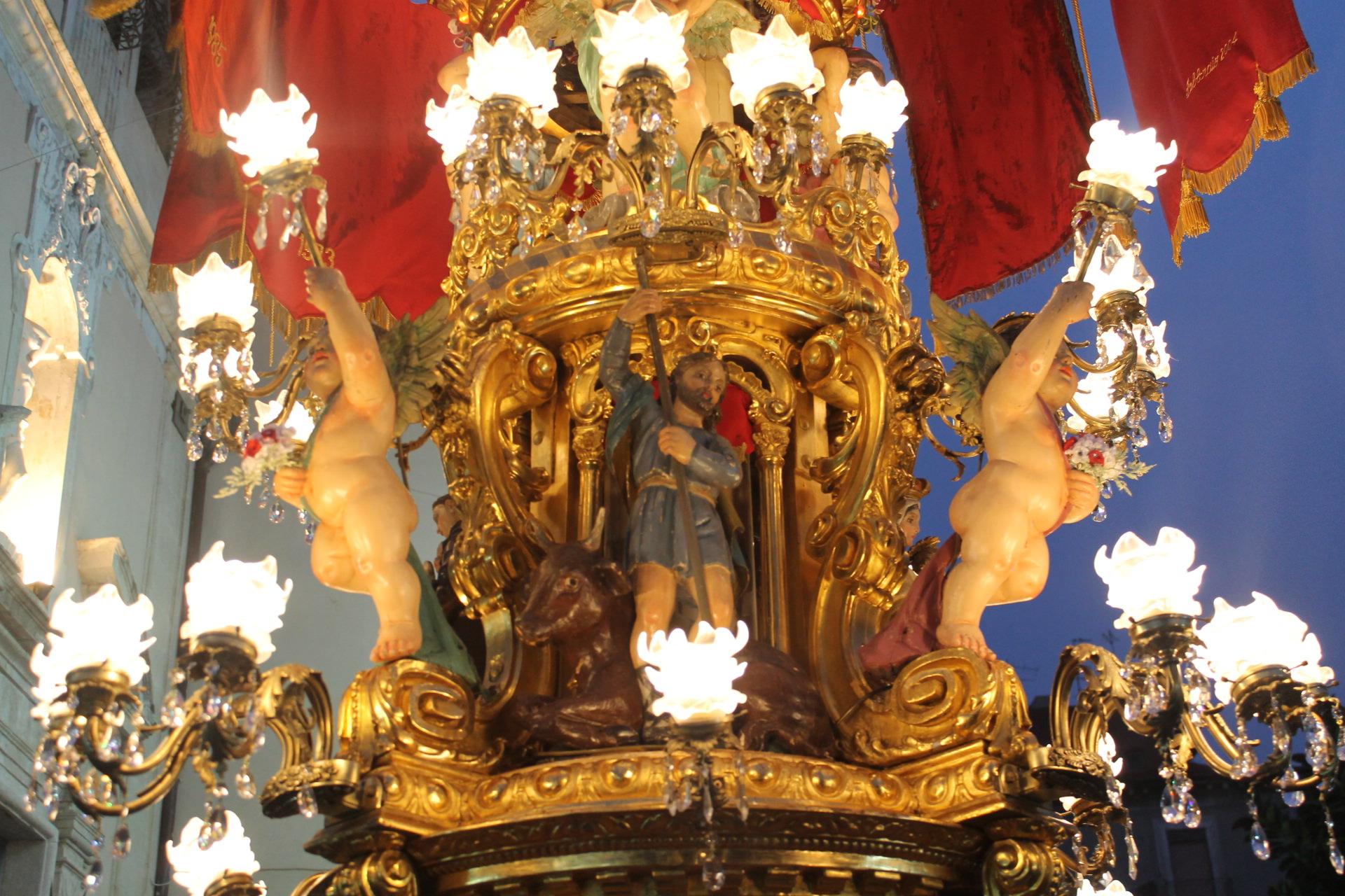 """Le 12 """"candelore"""" di Sant'Agata raccontate una per una, un pezzo di storia che rivive nella devozione dei cittadini"""