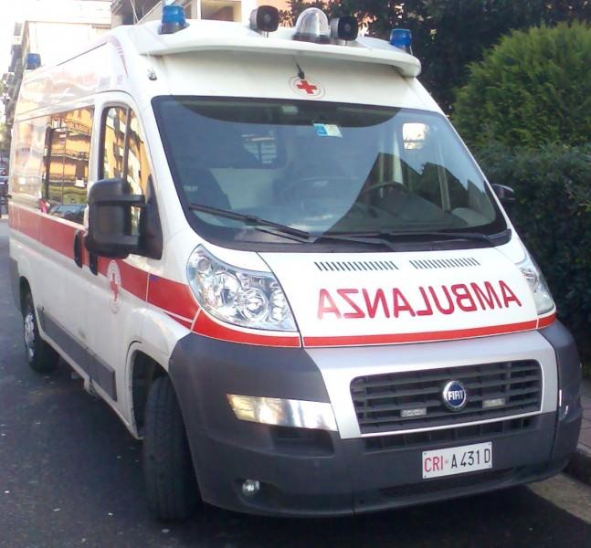 2007_Fiat_Ducato_Ambulanza