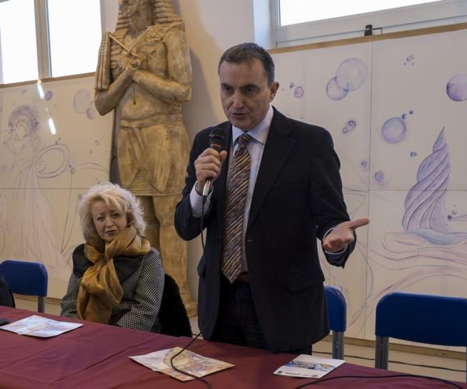 nella foto di Fabio Savagnone, Giuseppe Bica sindaco di Custonaci
