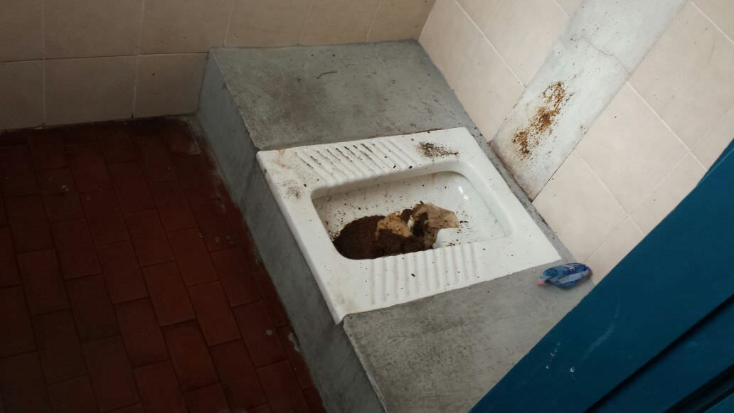 3.bagni uomini tribuna a stadio cibali