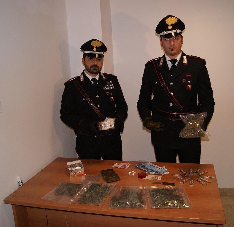 droga_hashish_denaro_soldi_sequestro_carabinieri