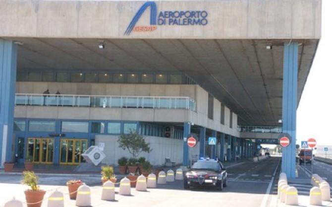 Carabinieri in aeroporto Palermo (Gesap)