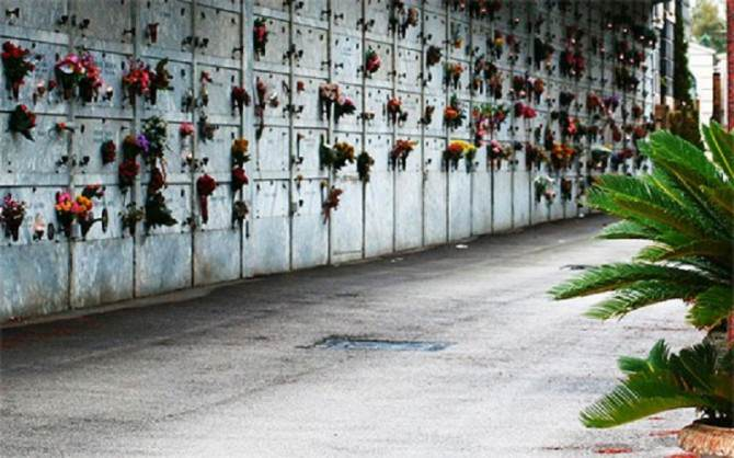 1411245897-0-nuovi-loculi-e-cellette-ossario-al-cimitero-di-ragusa-centro