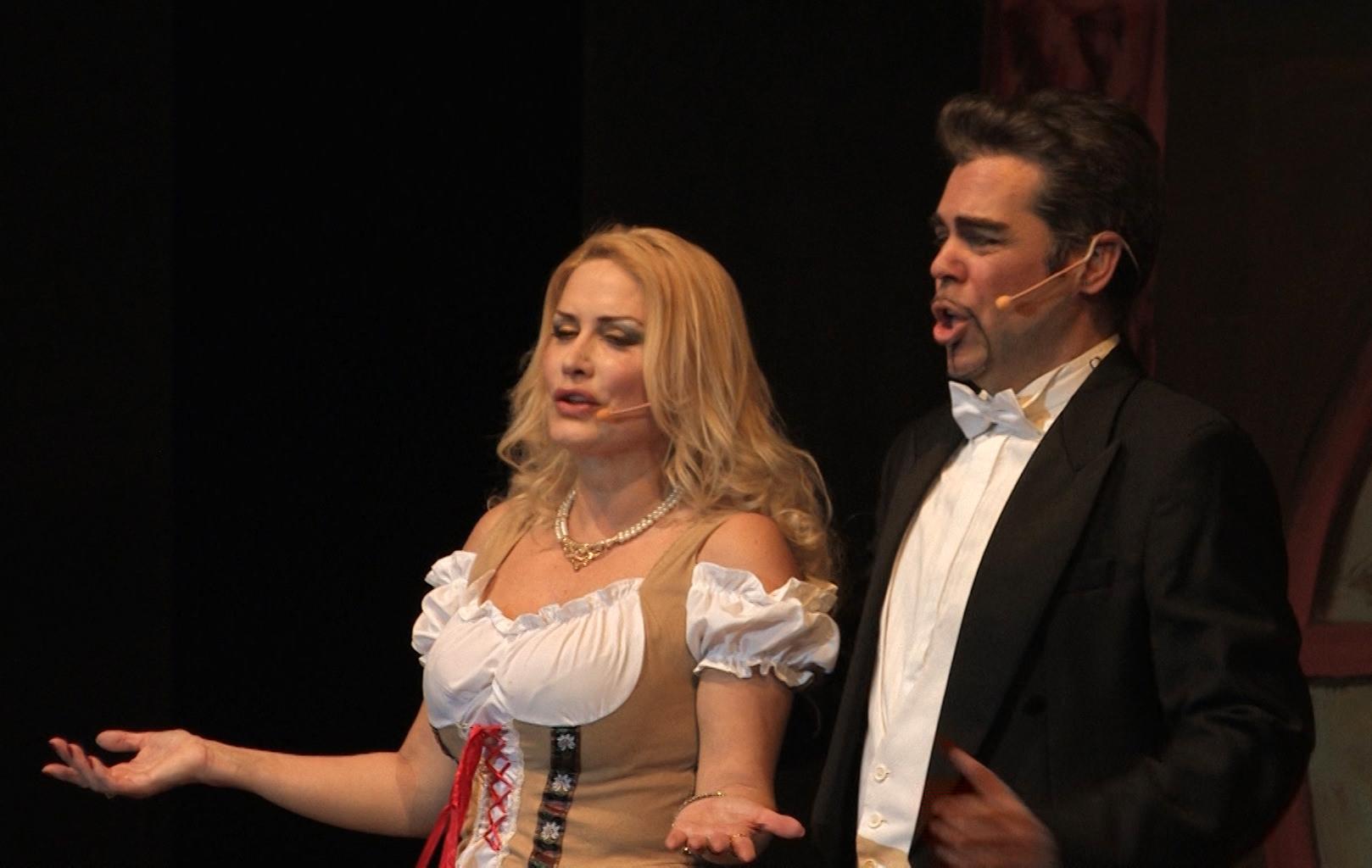 3. Un palco all'operetta