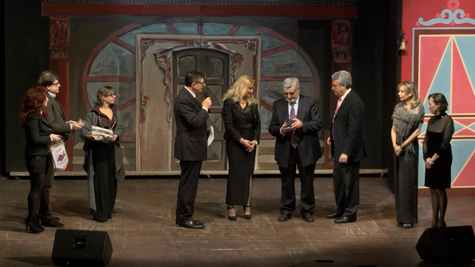 4. Un palco all'operetta