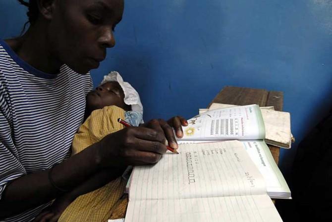 AVSI-Kenya-Nairobi-adult-literacy-by-Morara-07-31