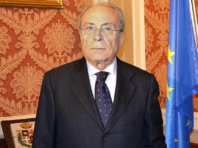 Commissario-Romano-e-Liotta-1024x682 (2)