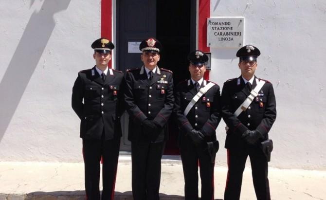FOTO DEL GENERALE CC GOVERNALE IN VISITA ALLA STAZIONE DI LINOSA