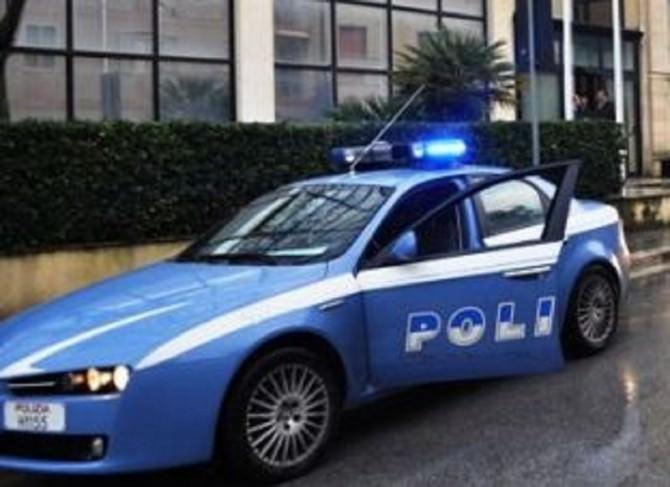 volante-questura-550