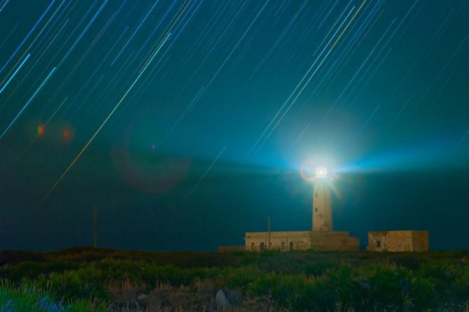 Star_trail_at_plemmirio_W