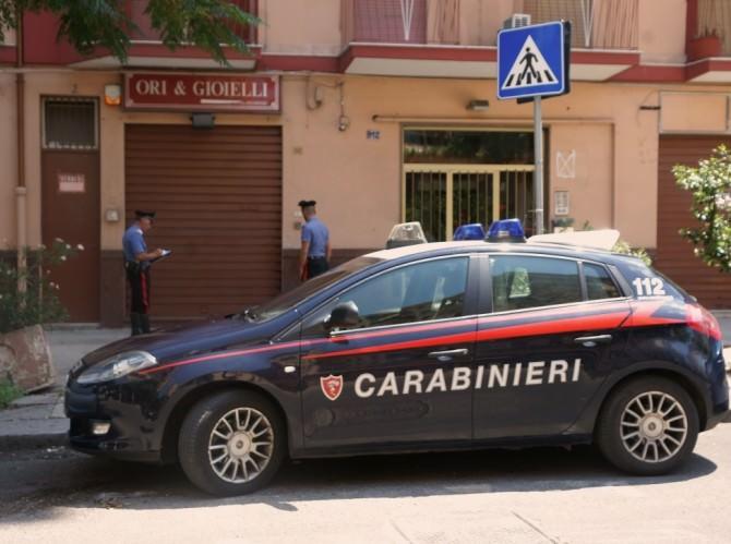 Carabinieri-arresto-rapina-gioielleria-6-agosto-14-agosto-2015