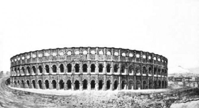 Anfiteatro romano ricostruzione