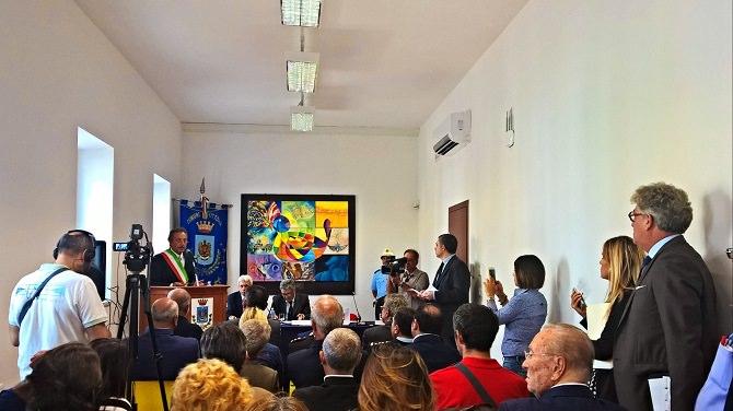 L'intervento di Giuseppe Nicosia.Inaugurazione Ex Ferrotel.24.09.15