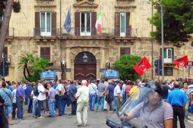 Sciopero generale dei Forestali a Palermo
