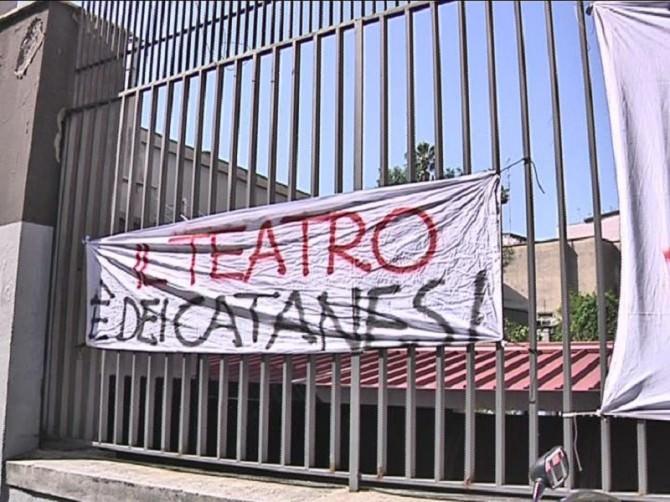 Catania, dipendenti del Teatro Stabile occupano il terrazzo dell'ente$