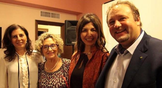 Gela presentazione libro Romina Caruana  Orlando Cancro autrice Pira (1)
