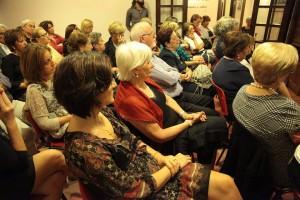Gela presentazione libro Romina Caruana pubblico lato sinistro