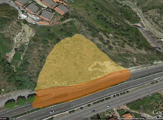 in giallo l'area di distacco della terra; in rosso l'area della autostrada invasa da terra e massi
