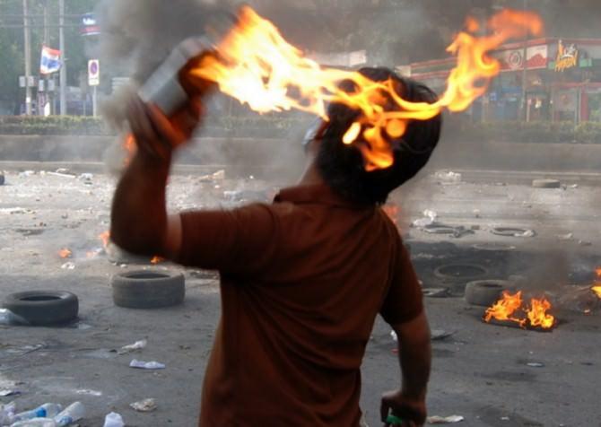 Bomba incendiaria molotov Alcamo