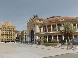 piazza Ruggero Settimo Palermo