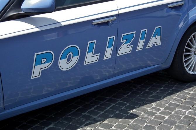 Derubavano gli autotrasportatori: arrestata banda ad Acicastello