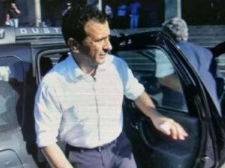 Antonino Pulvirenti si appresta ad effettuare l'ingresso in Tribunale