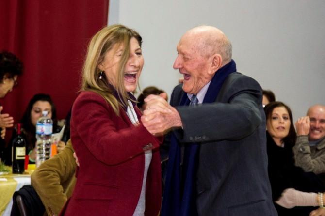 Giusi Nicolini balla con il festeggiato