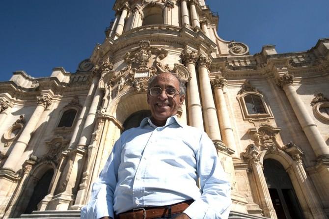 Due visite guidate d'autore con il curatore Nifosì chiudono la mostra di Colombo a Modica