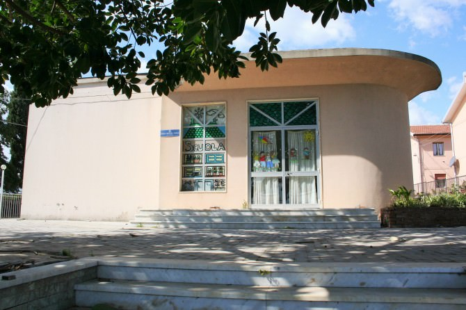 Scuola Carruba