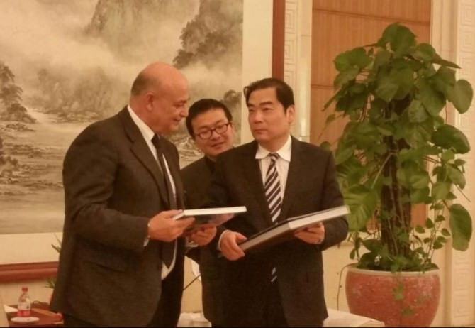 Cooperazione città Tianjin esportazione prodotti calatino