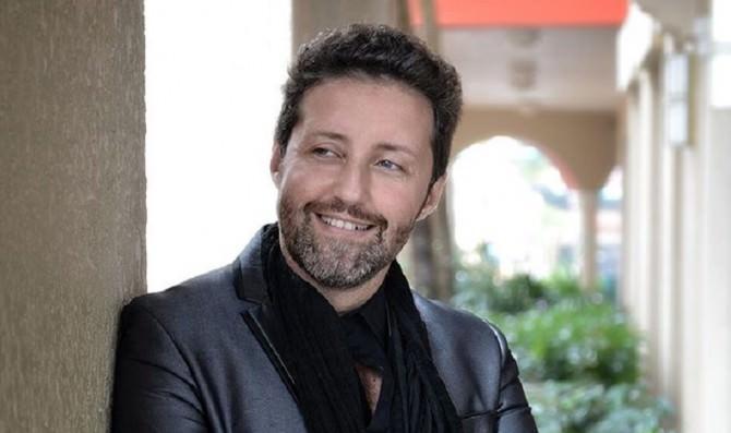 Maurizio Indelicato1