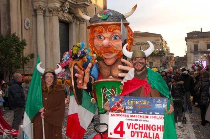 """Grande successo del carnevale di Acireale. """"Abbiamo fatto sold out, grande partecipazione popolare"""""""