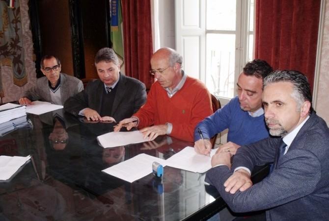 Firma contratti Modica
