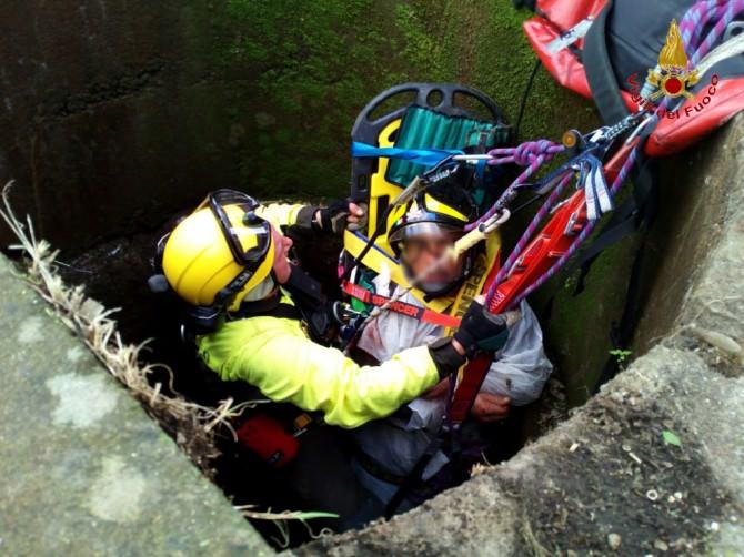 Mascalucia: dipendente comunale cade in un pozzo