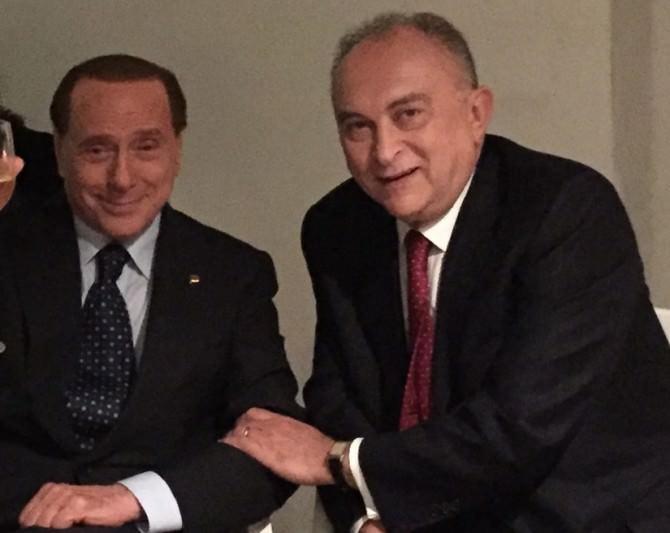 Silvio-Berlusconi-e-Antonio-dAlì-670x533