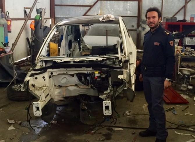 Auto rubate e smantellate nella zona industriale: deferito proprietario di capannone