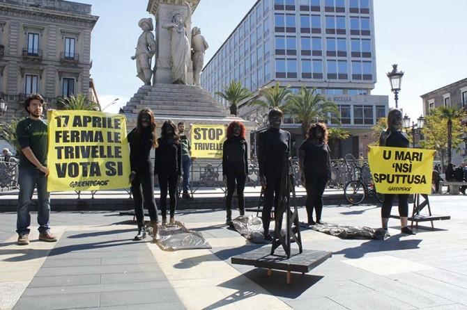 """Trivellazioni: anche Greenpeace scende in pizza per dire """"no"""""""