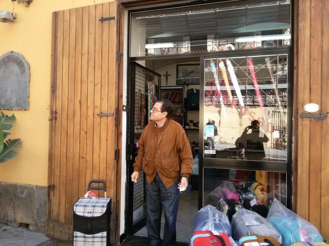 Dott. Germanà, titolare di un negozio di pelletteria in via Crociferi