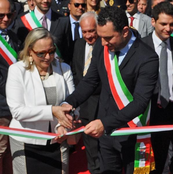 inaugurazione_presidio_pm_canalicchio_aindaco_rando_prefetto_federico